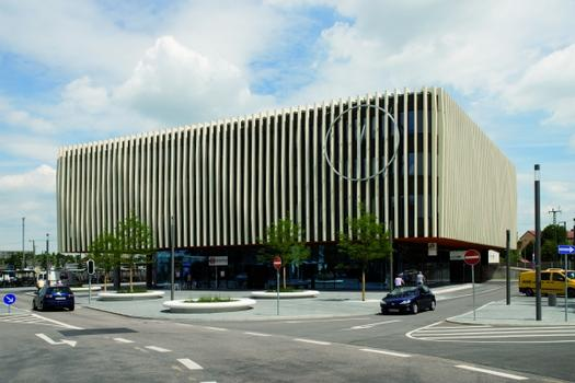 Nordbahnhof Ingolstadt, Sinuswelle als Fassade