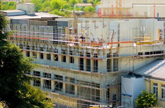 Während der Bauphase konnte der Stuttgarter Bauproduktehersteller seine Kompetenz rund um das nachhaltige Bauen noch weiter ausbauen.  : Während der Bauphase konnte der Stuttgarter Bauproduktehersteller seine Kompetenz rund um das nachhaltige Bauen noch weiter ausbauen.
