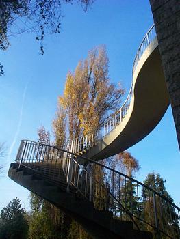Pont sur le Rhin à Wiesbaden-Schierstein