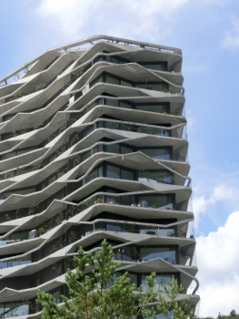 It is the first high-rise building in Switzerland to have a green façade: the Garden-Tower in Wabern near Bern. : It is the first high-rise building in Switzerland to have a green façade: the Garden-Tower in Wabern near Bern.