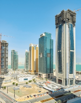 The Al Thuraya Tower is located in West Bay, Doha's commercial centre located at the sea.