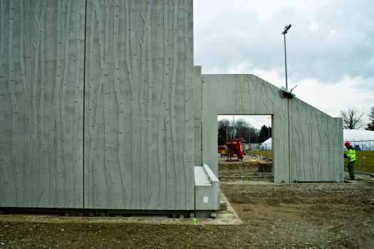 The installation of the precast concrete units was also in the hands of Dobler.