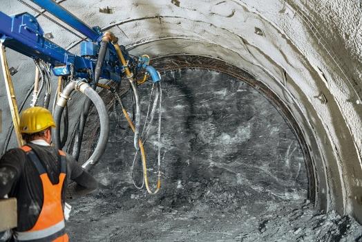 Rock strata in the tunnel