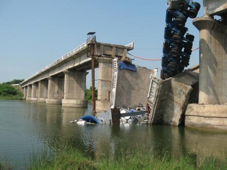 Brückeneinsturz