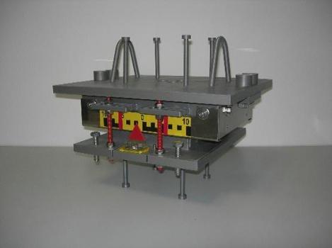 3-D-Modell eines einseitig beweglichen Topflagers