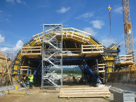 The tunnel formwork system was planned in close coordination between constructor and Doka.