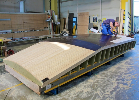 All of the assembly work for these highly sophisticated formwork panels is completed at the Doka Pre-assembly Service. : All of the assembly work for these highly sophisticated formwork panels is completed at the Doka Pre-assembly Service.