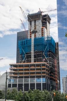 Ende 2015 wird der Turm bereits eine Höhe von 200 m erreicht haben.