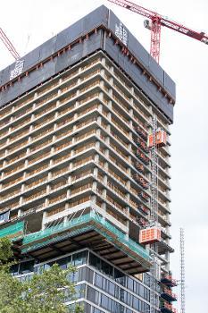 Wohnen ab 110 m Höhe : In den oberen 24 Wohnetagen entstehen 187 exklusive Wohnungen mit unterschiedlichen Grundrissen, Größen und auskragenden Balkonen – Panoramablick inklusive.