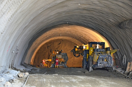 Tunnelvortrieb in Neuer Österreichischer Tunnelbaumethode (NÖT)