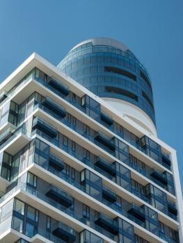 """Die """"Pixelfassade"""" des Henninger Turms soll die große Vielfalt der Wohnungen widerspiegeln."""