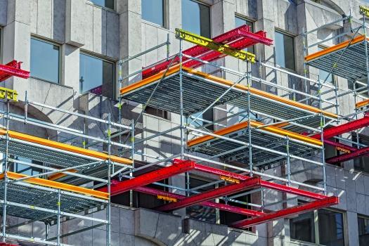 Beschleunigte Sanierungsmaßnahme: Die maßgeschneiderte Projektlösung erfolgte auf Basis zweier kompatibler PERI-Baukastensysteme: VARIOKIT und PERI UP.