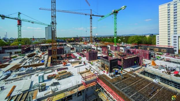 Der Rohbau der ersten europäischen Passivhaus‑Klinik in Frankfurt am Main wird im Herbst 2017 fertiggestellt sein.  : Der Rohbau der ersten europäischen Passivhaus‑Klinik in Frankfurt am Main wird im Herbst 2017 fertiggestellt sein.