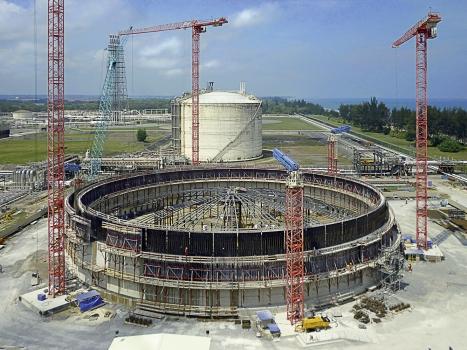 Der Flüssiggas-Tank hat ein Fassungsvermögen von 120.000 m³
