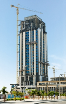 The Marina COM-05 Tower will accommodate offices in the 25 upper floors.