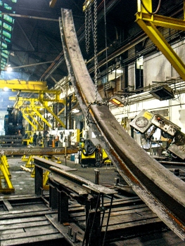 Production of a steel horseshoe set in a steel mill