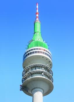 In bis zu 250 m Höhe ermöglichten Arbeitsgerüste Inspektions- und Instandsetzungsmaßnahmen am Münchner Olympiaturm. : In bis zu 250 m Höhe ermöglichten Arbeitsgerüste Inspektions- und Instandsetzungsmaßnahmen am Münchner Olympiaturm.
