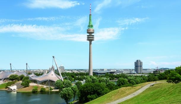 Der 291 m hohe Fernsehturm inmitten des Münchner Olympiaparks ist das höchste Gebäude der bayerischen Landeshauptstadt.
