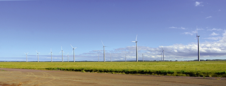 The Atlântica Wind Park consists of 40 wind towers.