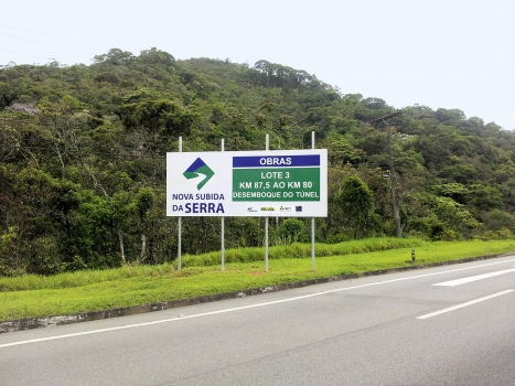 Construction sign of the Petropolis Tunnel