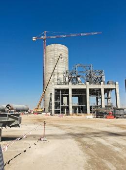 The silos were post-tensioned using loop tendons.