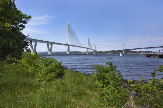 FCBC photomontage of completed Queensferry Crossing; on the right the Forth Road Bridge