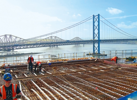 The Queensferry Crossing has been built parallel to the Forth Road Bridge and to the railway bridge from 1890.