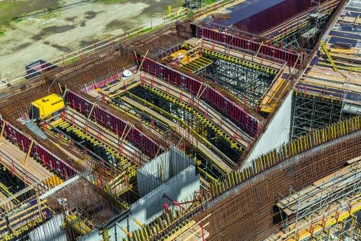 Das Projekt in Zahlen: 19.000 m² Stahlbetondecken und 26.500 m² Wandfläche, davon 16.500 m² in Sichtbetonqualität