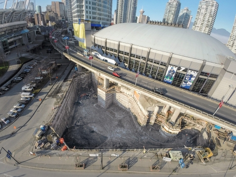 The realization of the excavation for the Rogers Arena South Tower was a special challenge because of the extremely confined space. : The realization of the excavation for the Rogers Arena South Tower was a special challenge because of the extremely confined space.