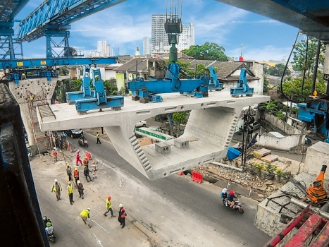 The viaduct consists of more than 600 precast box girder segments.