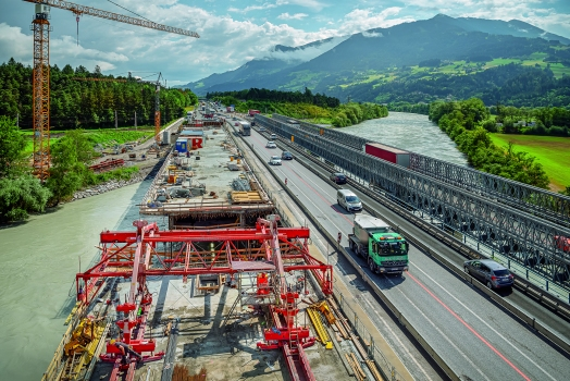 The 235 m long Terfener Innbrücke: The Terfener Innbrücke, which is roughly 235 m long, is situated on the A12 motorway in Tyrol.
