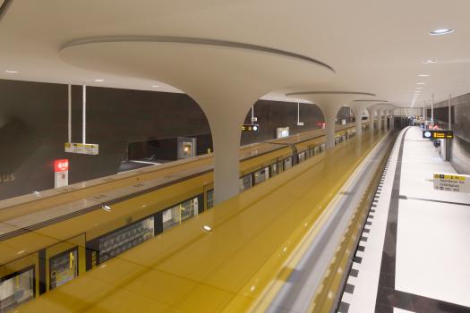 """U5-Station Rotes Rathaus : Neue Station """"Rotes Rathaus"""" der U-Bahnlinie U5 in Berlin"""