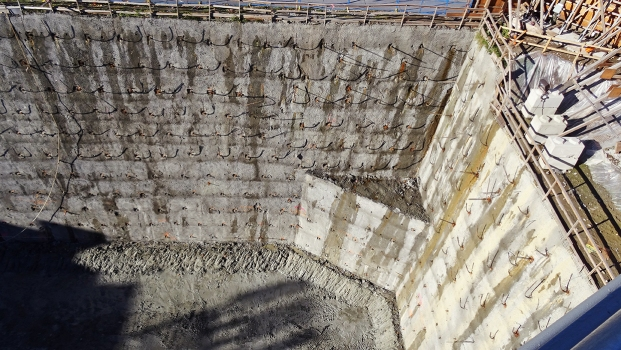 In the excavation of Vancouver House, 1,200 strand anchors and 200 hollow bar anchors were installed.