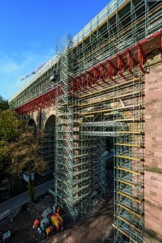 40 m hoher Viadukt : Der Eisenbahnviadukt Heiligenborn ist 40 m hoch.