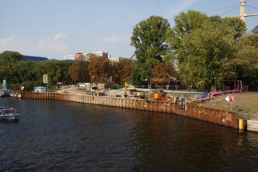 Bauhafen für den Lückenschluss der U 5 in Berlin.