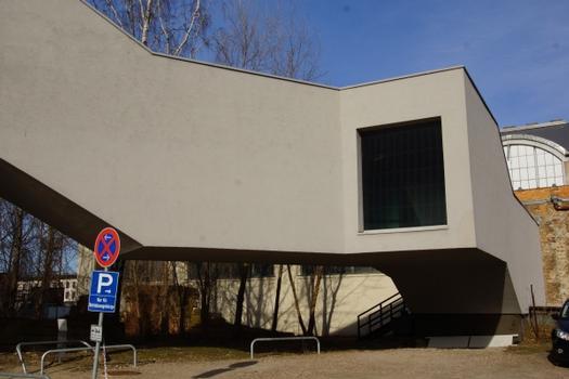Passerelle de connexion à la salle Rieck