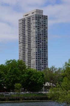 2020 North Lincoln Park West
