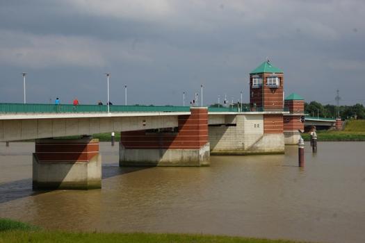 Pont Jann Berghaus