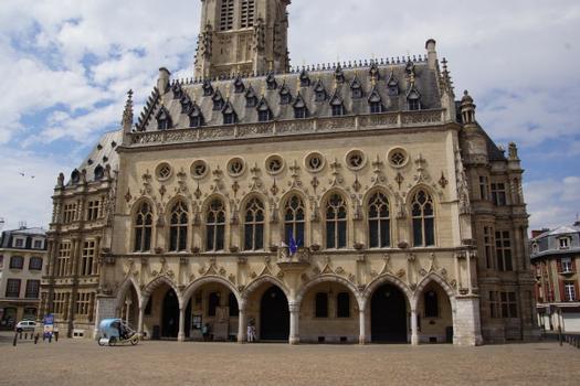 Rathaus Arras
