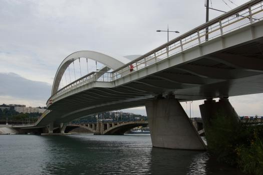 Raymond-Barre-Brücke