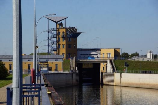 Rothensee Lock