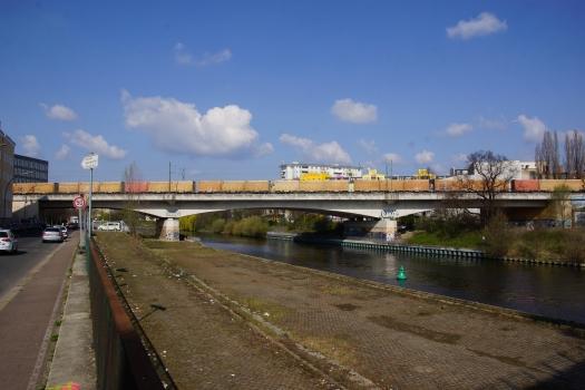 Pont ferroviaire sur le canal de Spandau