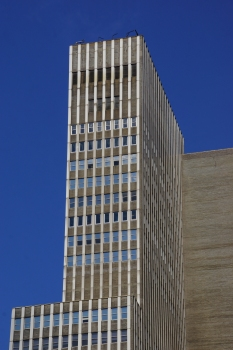 1065 Avenue of the Americas