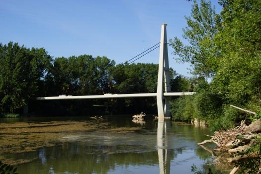 Geh- und Radwegbrücke über den Ebro