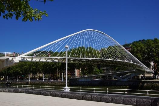 Campo Volantin Footbridge