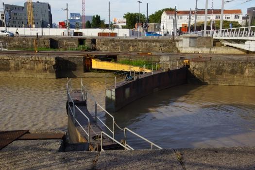 Écluses du bassin à flots
