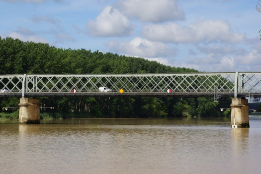Garonnebrücke Langoiran
