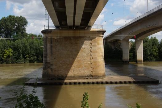 Pont ferroviaire de Langon
