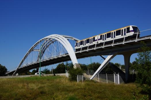 Viaduc du VAL sur la Rocade Est