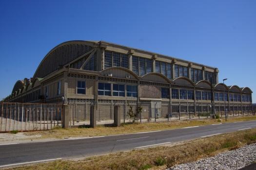 Hangar de l'aéroport de Marignane
